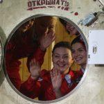 Шесть девушек в столице России совершат виртуальный полет наЛуну