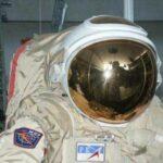 Космонавтам воткрытом космосе помогут скоростные космические рюкзаки