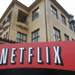 В РФ начнет работать американский онлайн-кинотеатр Netflix