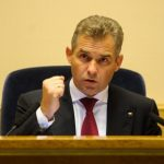 Павел Астахов предложил запретить детям пользоваться гаджетами вшколах