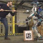 Необыкновенная новая версия человекоподобного робота Atlas Boston Dynamics