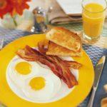 Отказ отзавтрака может привести ккровоизлиянию вмозг— Ученые